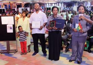 magistrate-mavis-kwainoe-family-1